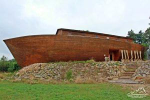 Arka Noego w Pławnej.