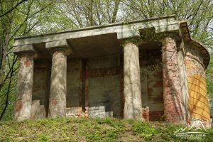 Kaplica cmentarza ewangelickiego.