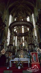 Ołtarz w Katedrze.