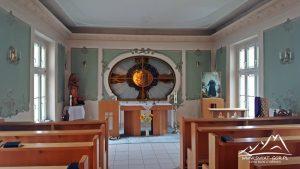 Kaplica w ośrodku.