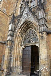 Portal gotycki.