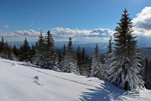 Panorama z podejścia na Czoło.